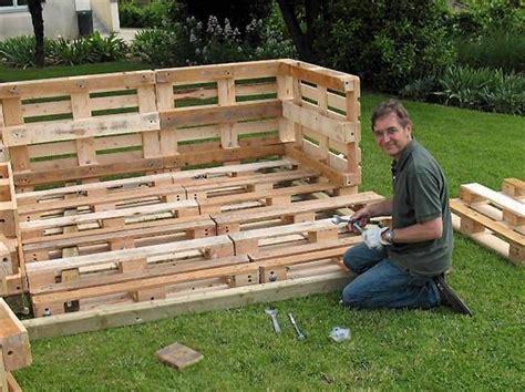 Fabriquer Un Abri Bois Avec Des Palettes by Construire Un Abri Bois Avec Des Palettes Plan De Maison
