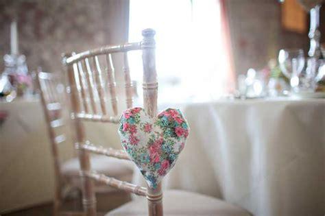 sedie per matrimoni addobbi di matrimonio ecco come decorare le sedie foto
