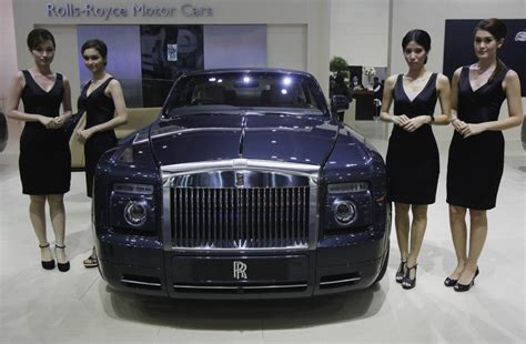 rolls rise car rolls royce plans expansion on asian wealth boost
