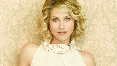 quirky haircuts for curly hair 2009 hairstyle trends wavy bob aaa fashion