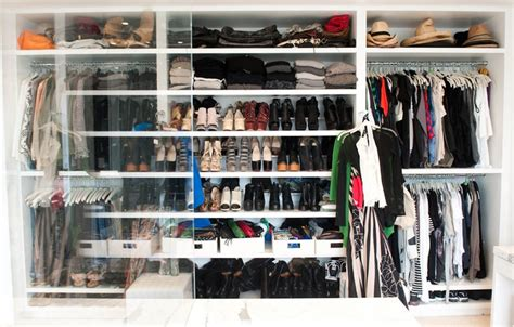 Im Cleaning Out Closet by 11 Tips For Cleaning Out Your Closet Messiah