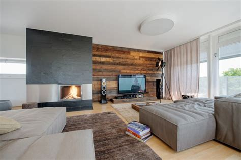 wohnzimmer modern holz die holz wandverkleidung innen nat 252 rlich und modern wirken
