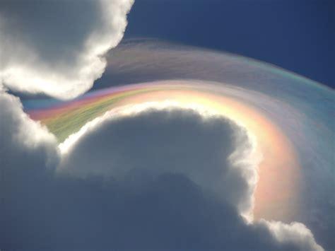 rainbow cloud iridescent pileus amazing photo of a twisted rainbow cloud