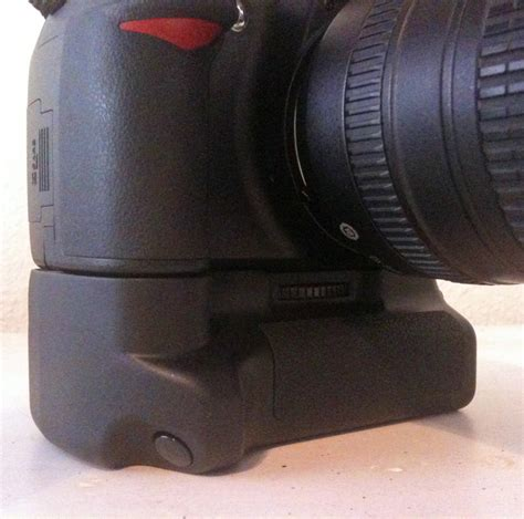 Grip Kamera Nikon D3100 review battery grip for nikon d3100