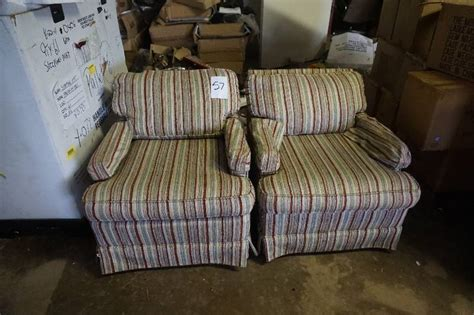 2 Sitting Chairs Set Of 2 Cloth Sitting Chairs Enclosed Trailer Yamaha