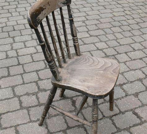 restauro sedie come restaurare una sedia manutenzione consigli per il
