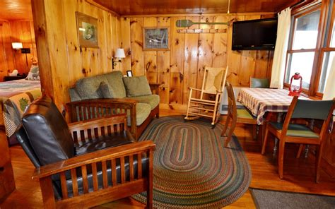 Cabin Rentals In Pittsburg Nh by Beech Cabin Rental At Timber Lodge