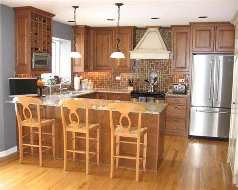 small kitchen designs layouts pictures best 25 small kitchen layouts ideas on pinterest