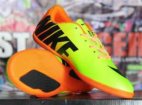 Sepatu Nike 10 X Blood 10 sepatu futsal murah nike terbaru pricearea