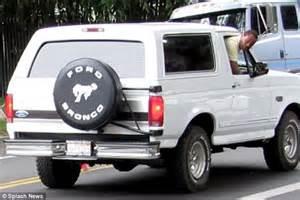 White Ford Bronco Oj Cuba Gooding Jr Recreates O J S Infamous