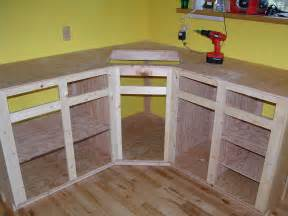 How To Build A Corner Kitchen Cabinet How To Build Kitchen Cabinet Frame Kitchen Reno Kitchens Woodworking And Wood