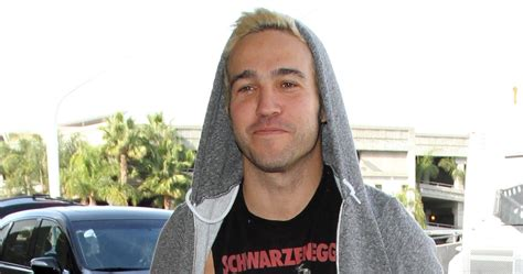 Pete Wentz Gets His Beard On by Pete Wentz Steps Out After His Gets A Name