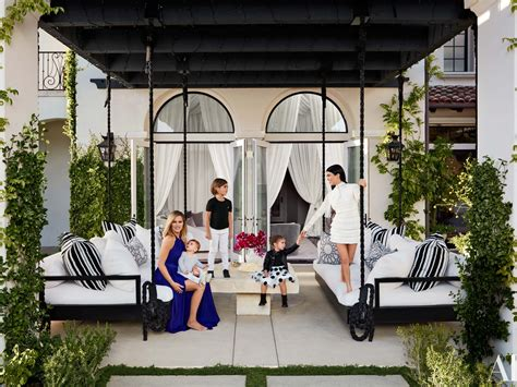 kardashian houses kourtney and khlo 233 kardashian give a house tour of their