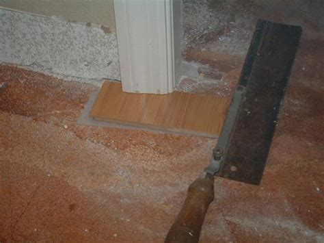 Cutting Laminate Flooring by Cutting Door Jambs With A Saw Before