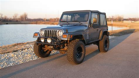33 Tires For Jeep Wrangler 1997 Jeep Wrangler 3 Quot Lift 33 Quot Tires Many