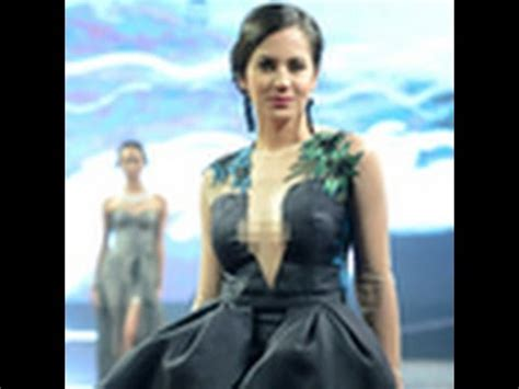 Dress Cantik Promo 7 pevita pearce cantik dan dress transparan
