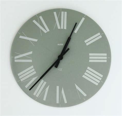 cadenas en ingles se dice 191 se dice in monday o on monday solo hay una respuesta