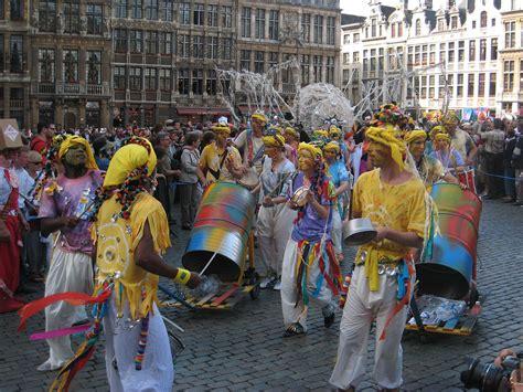 themed events wiki zinneke parade wikipedia