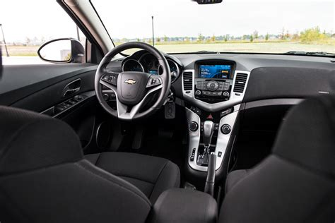 Interior Cruze by 2014 Chevy Cruze Interior Www Pixshark Images Galleries With A Bite