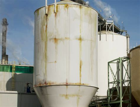 Steel Tank steel tank repair with no downtime at pulp paper mill hj3