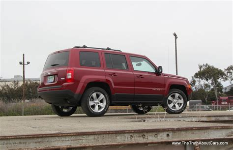 Jeep Patriot Latitude Reviews Review 2012 Jeep Patriot Latitude The About Cars