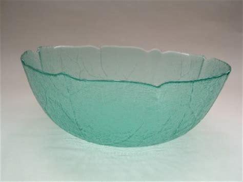 leaf pattern glass bowl green glass arcoroc france bowl leaf pattern ebay