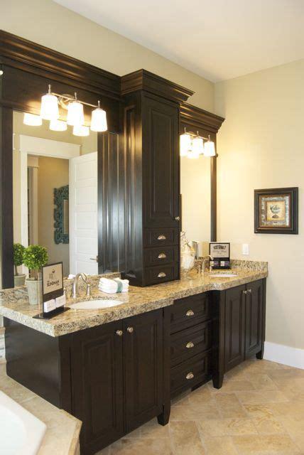 cabinet between sinks home design ideas - Cabinet Between Bathroom Sinks