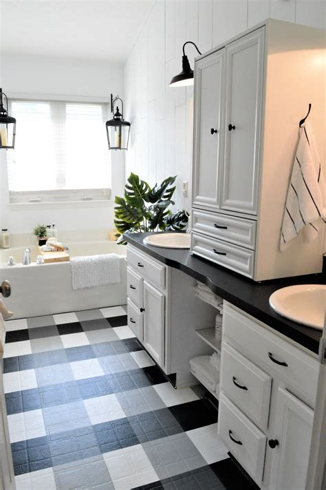 How To: Master the Modern Farmhouse Bathroom {under $500