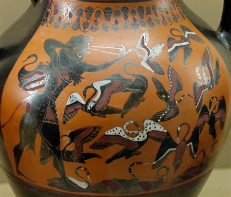 Free Vase File Herakles Stymphalian Bm B163 Jpg Wikimedia Commons