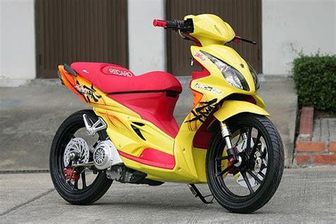 Thai Suzuki Motorcycle News Suzuki Hayate 125 Thai Modify