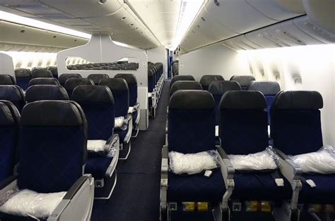 Aa Cabin by Review Comparing Preferred Economy Seats On Aa S 777 300er