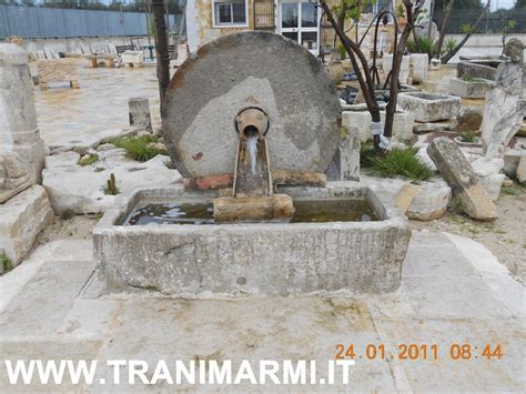 lioni esterni da giardino fontane in cemento