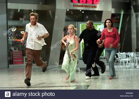 sarah polley dawn of the dead 2004 movie jake weber sarah polley mekhi phifer inna korobkina dawn