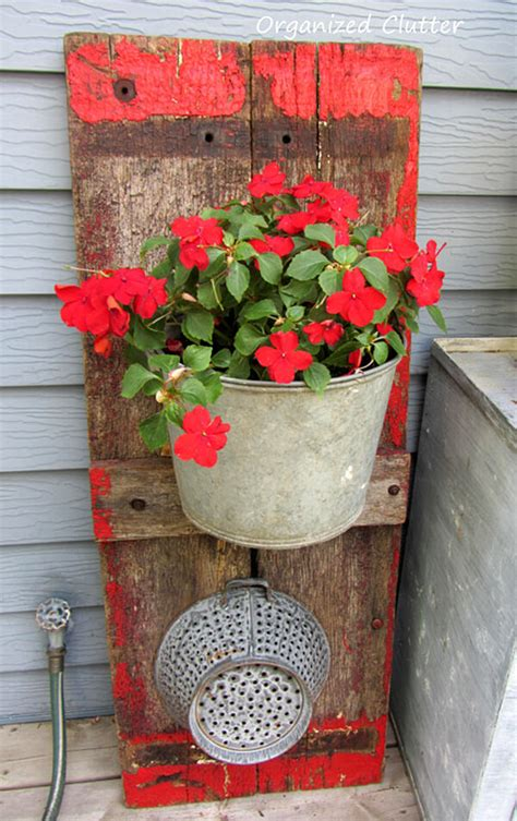 Decorate A Fence 25 Diy Decorating Ideas To Quot Spring Quot Up Your Front Porch