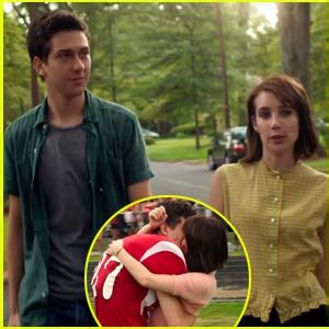 ashby film emma roberts nat wolff emma roberts kiss in first look ashby