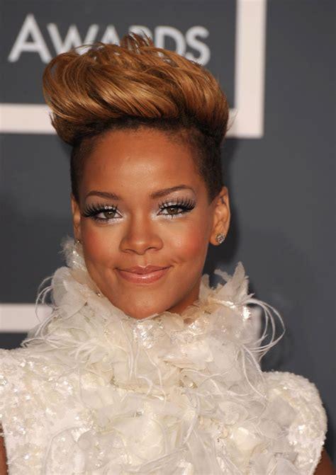 Silly Makeup At The Grammys by Gaga Rihanna Beyonce Katy Perry Ciara At The 52nd