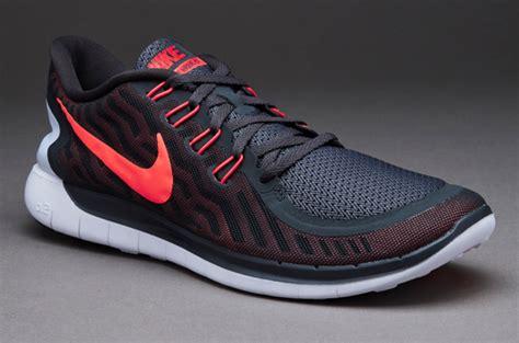 Sepatu Nike Zoom Air A18 sepatu running nike untuk laramieumc