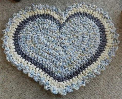 heart pattern rugs something blue heart crocheted rug 50 crochet on