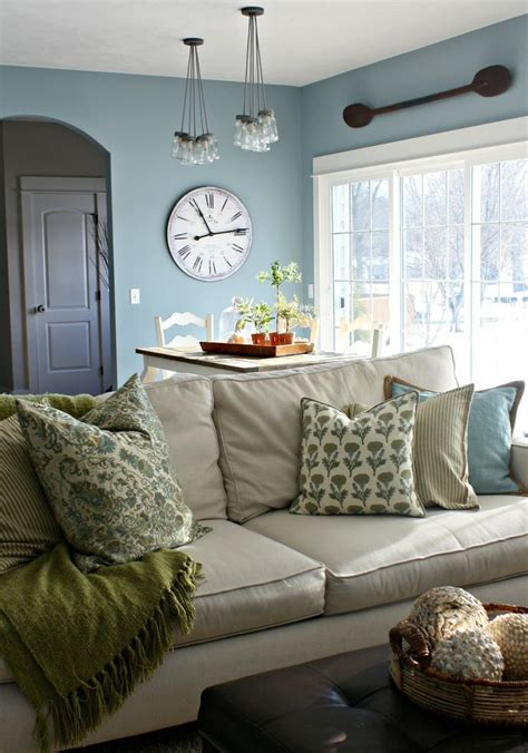amazing Farmhouse Interior Color Schemes #5: Homey-Farmhouse-Living-Room-Designs-1.jpg