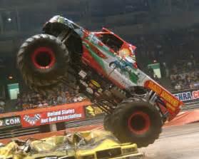 monster trucks images monster truck wallpaper background photos 772969