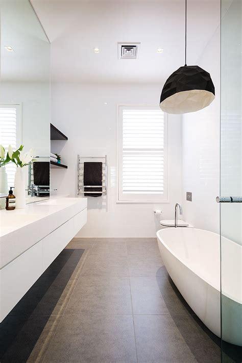 Modern Bathroom Exhaust Best 25 Modern White Bathroom Ideas Only On