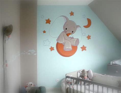 chambre de bébé autour de bébé idee peinture chambre bebe garcon