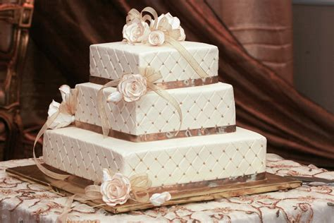 diy wedding cake ideas cheap wedding decoration ideas for tables