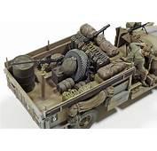 Tamiya British LRDG Command Car North Africa With 7