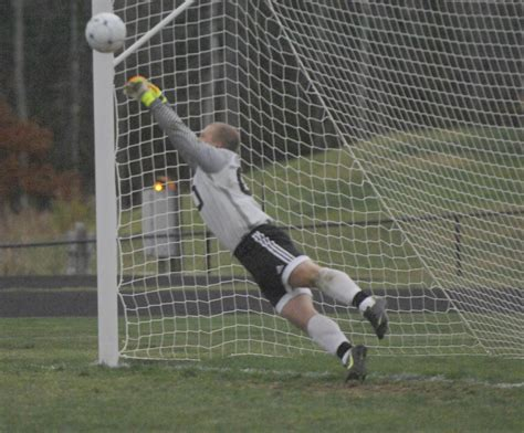 lincoln county newspaper maine medomak defeats mci with penalty kicks the lincoln