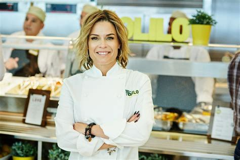 Cat Cora S Kitchen Menu by Cat Cora Is Already Taking The Diner Space On 14