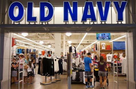 Navy To Discontinue Plus Size Line In Store by Navy Plus Size Controversy Retailer Responds To