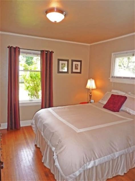 neutral bedroom with pops of color pops of color in neutral bedroom staging ideas pinterest