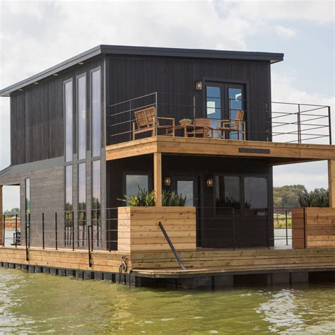 see the houseboat makeover featured on last
