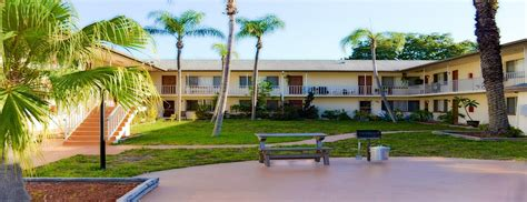 Court Apartments Clearwater Fl Hendricks Apartments South Florida Apartments For Rent